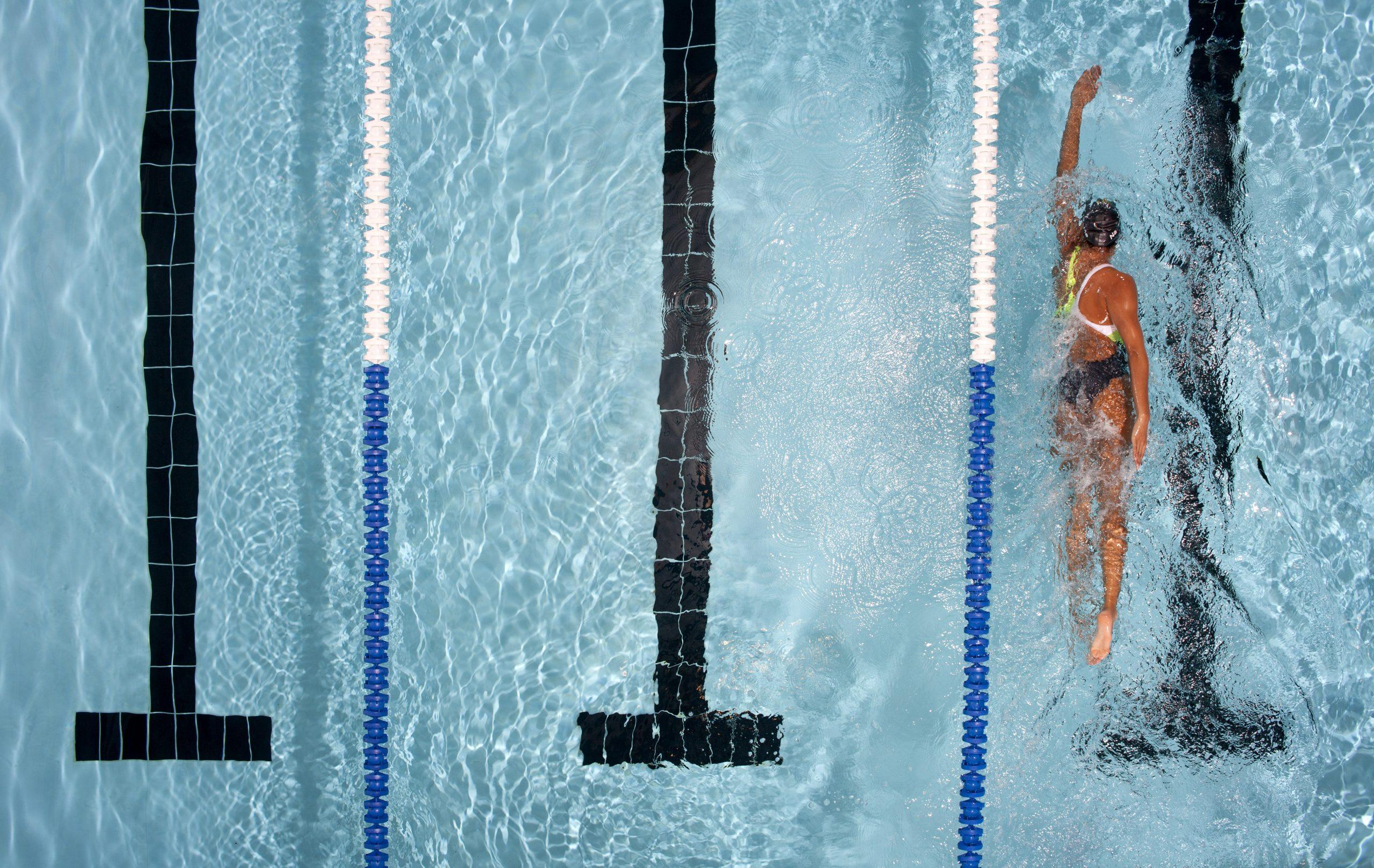 nageuse en plein effort